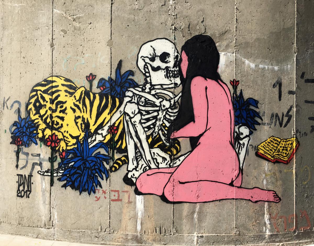 haifa street art graffiti broken fingaz erotic art tant deso haifa israel unga bfc