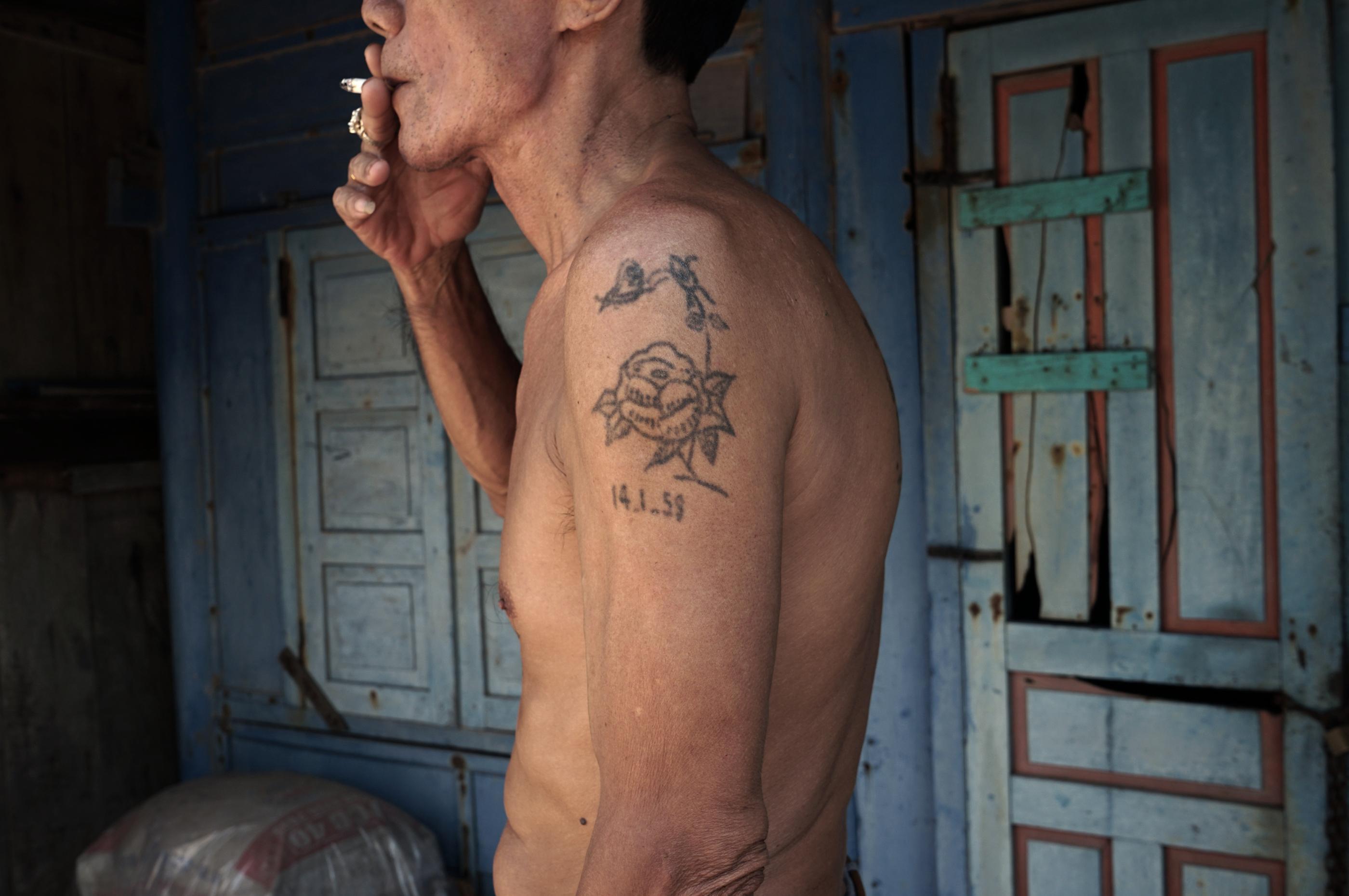 11 TANT VIETNAM M