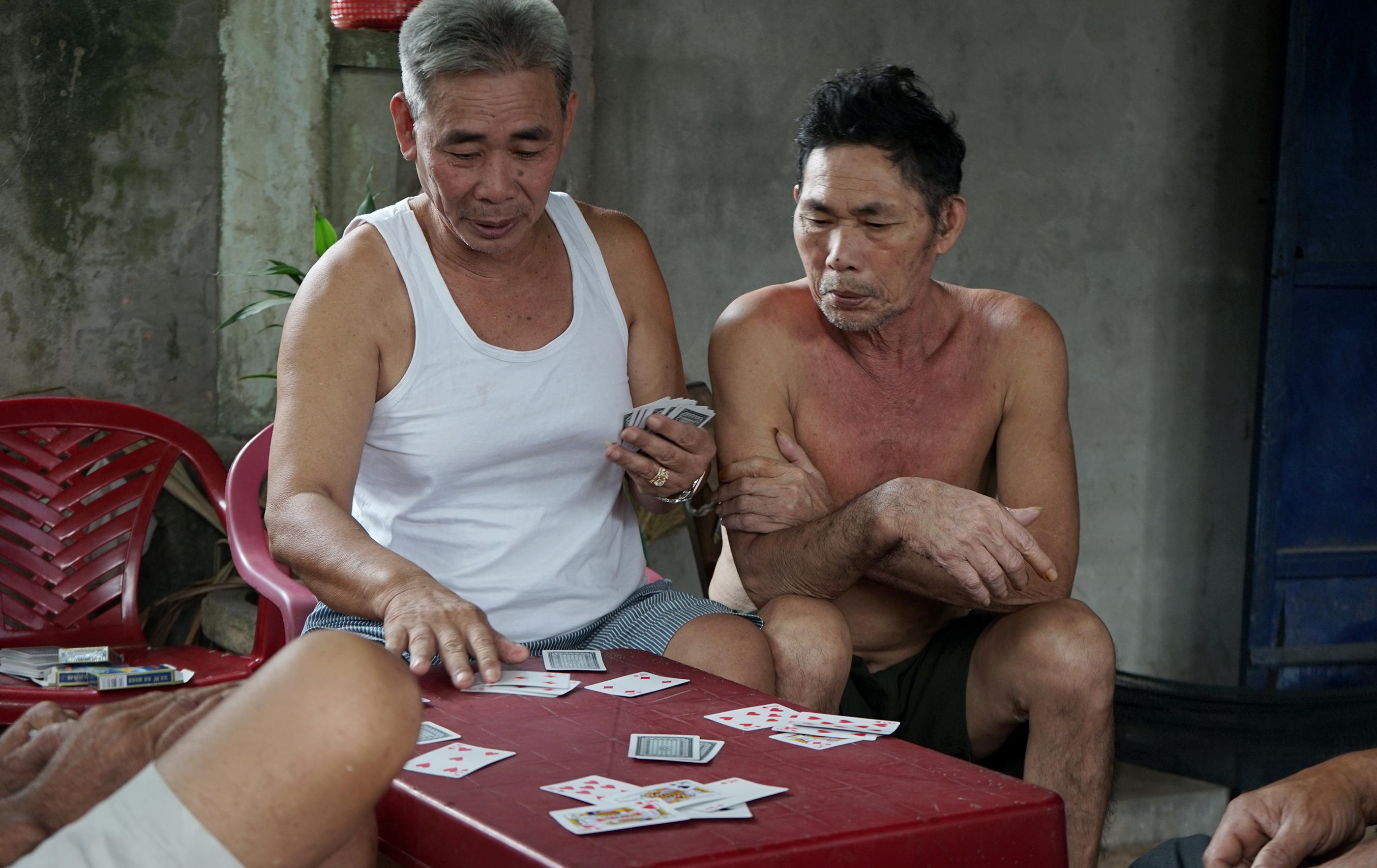 2 TANT VIETNAM M