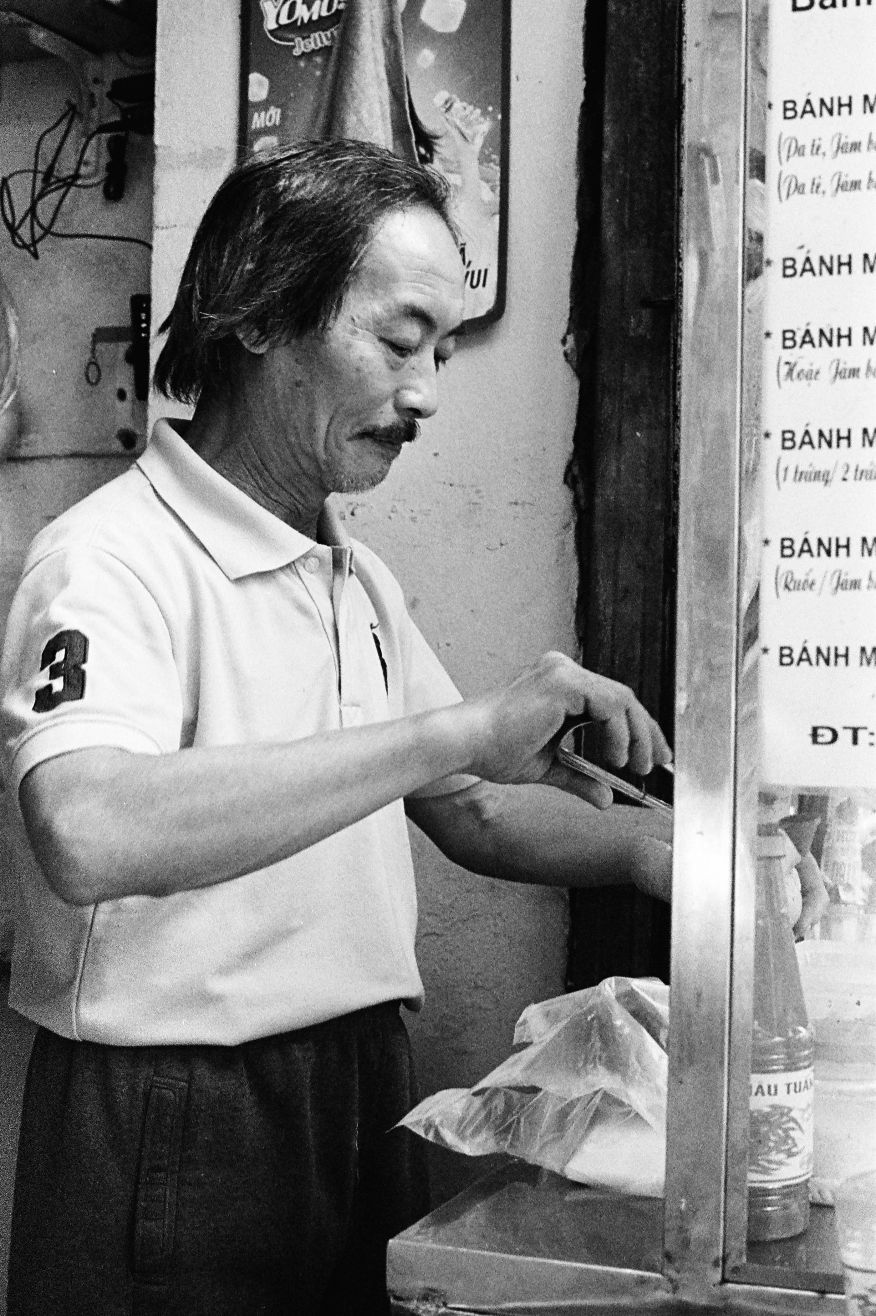 8 TANT VIETNAM M